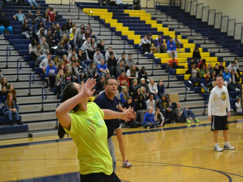 Faculty vs Senior Volleyball Game