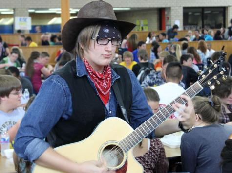 Senior Blair Ellis performed at lunch to raise money for United Way.