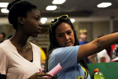 Link Crew leaders helped guide freshmen through orientation held Aug. 17. (Photo by Sturdivant)