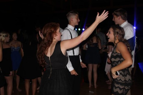 Students seen dancing at homecoming