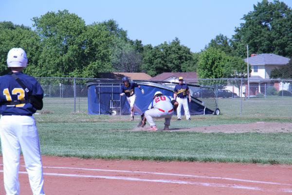 JV+baseball+vs.+South
