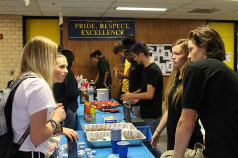 More YE Businesses sell to other students.