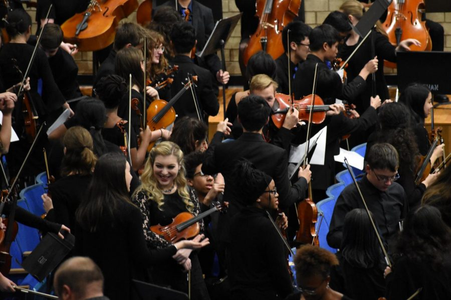Wichita High Schools Gather at Northwest for Orchestra in the Round